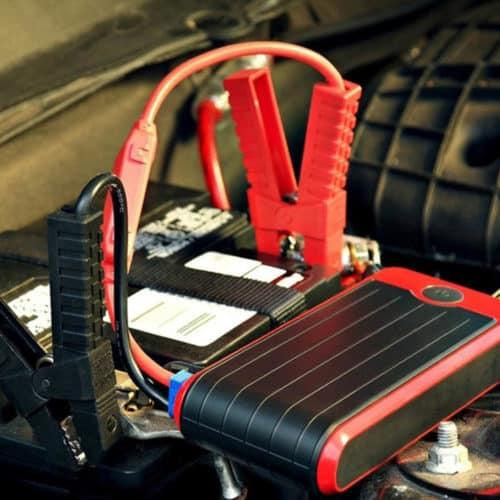 Εκκινητής μπαταρίας 12000mAh με βαλιτσάκι μεταφοράς και φακό και εφεδρική μπαταρία