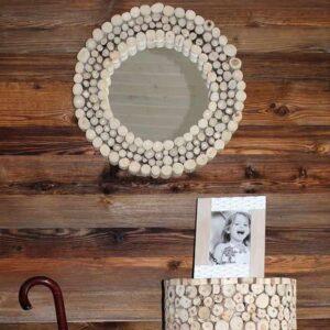 Στρογγυλός Διακοσμητικός Καθρέπτης από Ξύλο Τικ σε φυσικές αποχρώσεις διαμέτρου 50cm