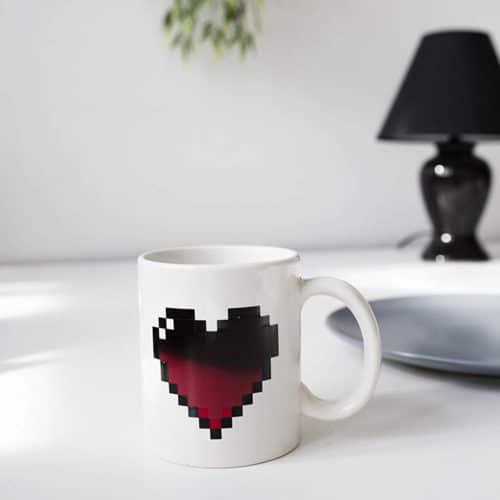 Κεραμική κούπα καρδιά που αλλάζει χρώμα σε ζεστό ρόφημα διάστασης 8x10εκ ΟΕΜ