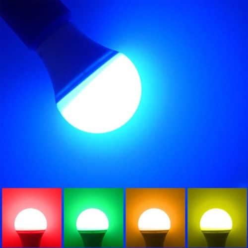Βιδωτή LED λάμπα 4W / E27 με χειριστήριο που αλλάζει χρώματα OEM